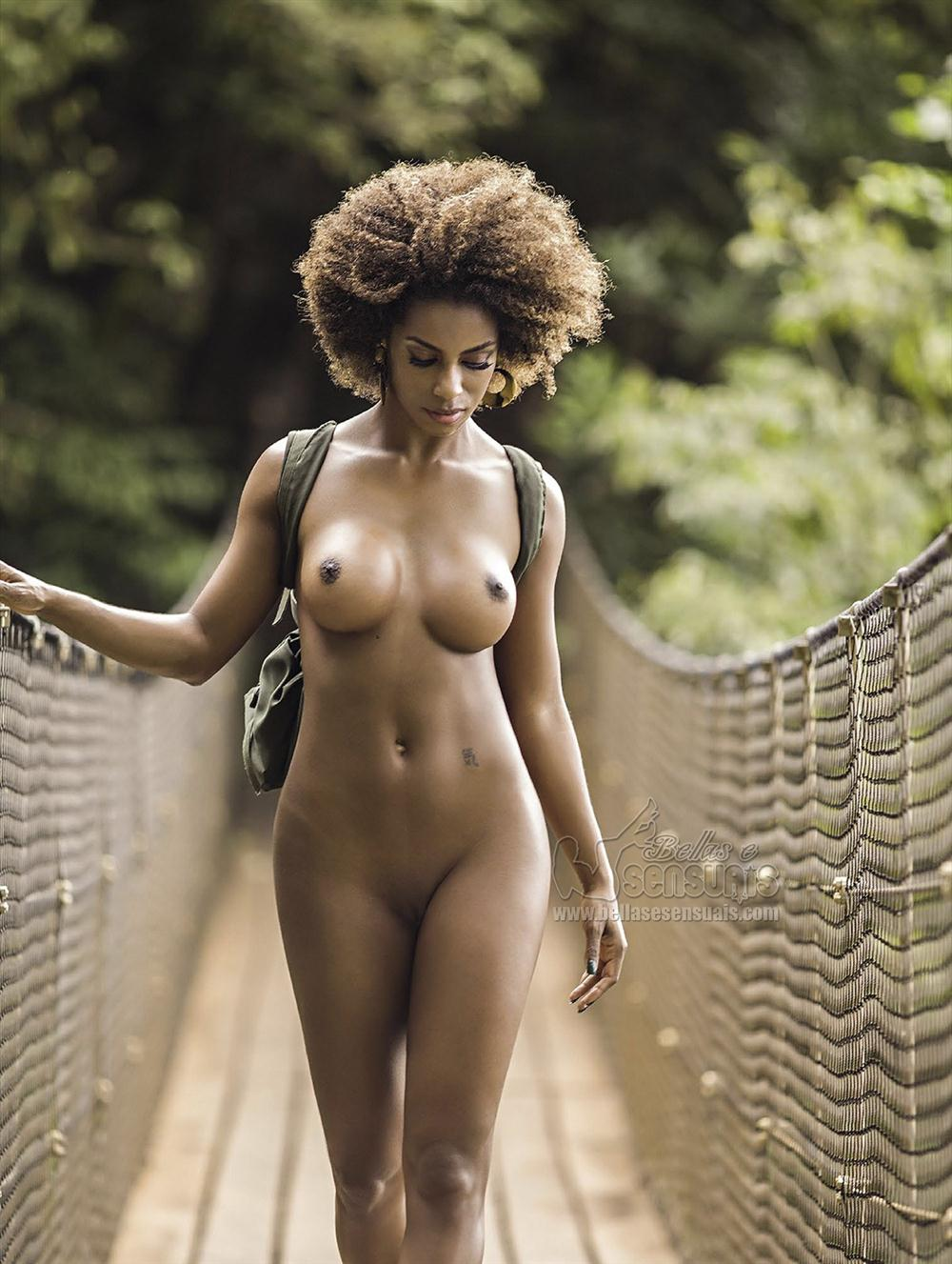 Ivi Pizzott - Playboy (14)